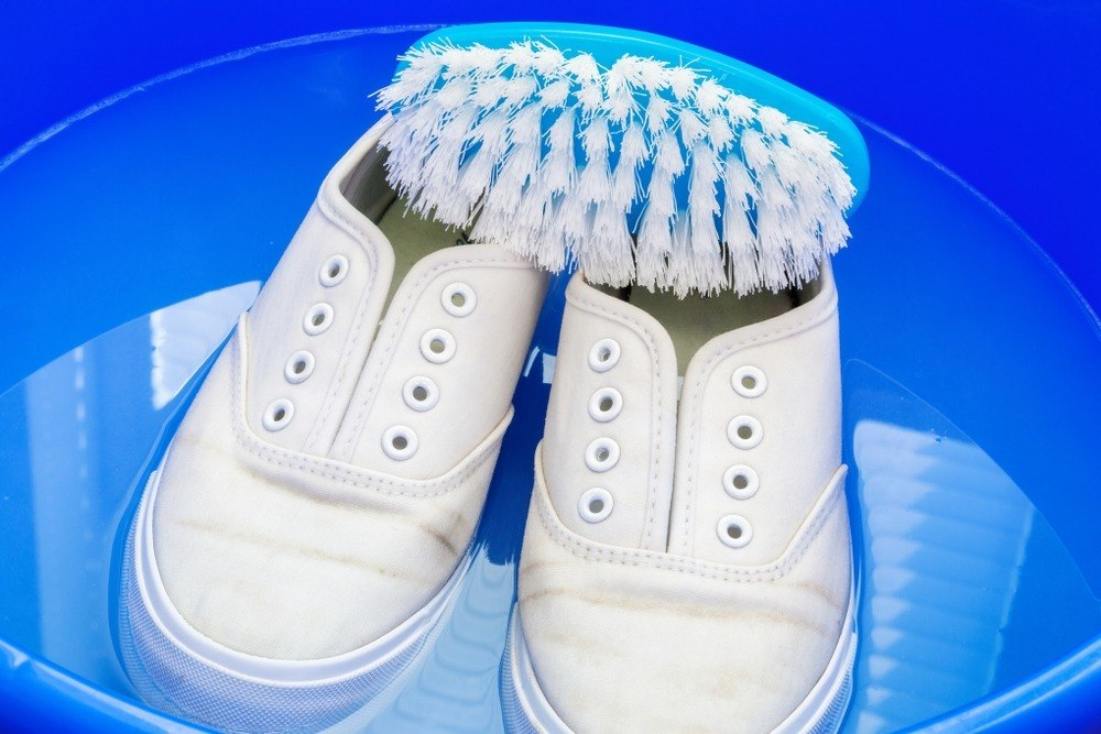 How To Clean Rubber Shoes