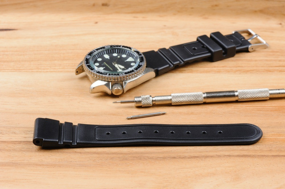 How To Clean Rubber Watch Straps