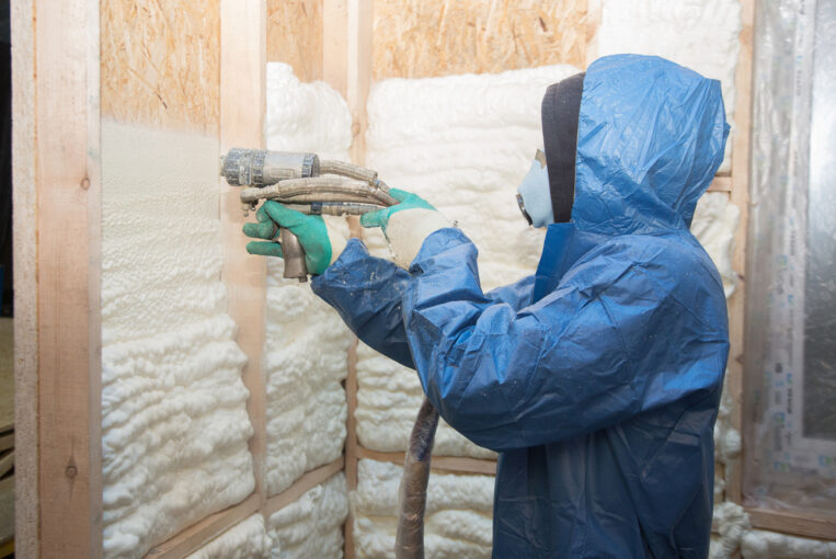 spray foam insulation thickness requirement