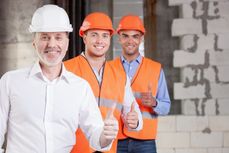 select building contractor
