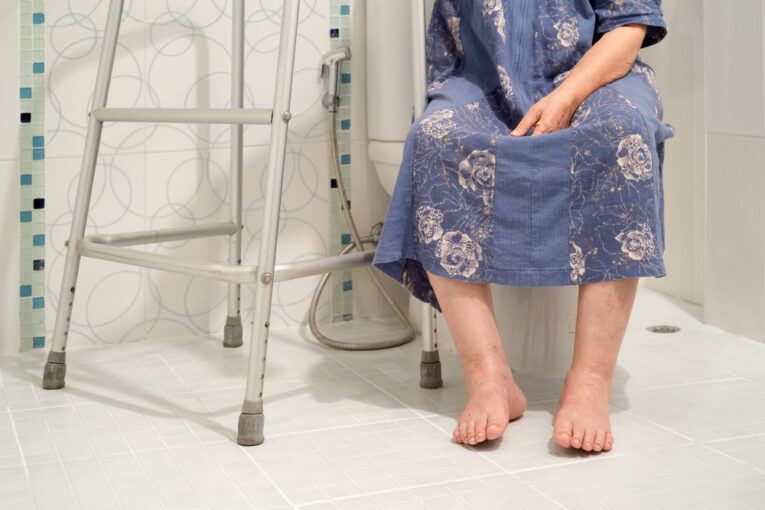 choosing toilet for aging in place