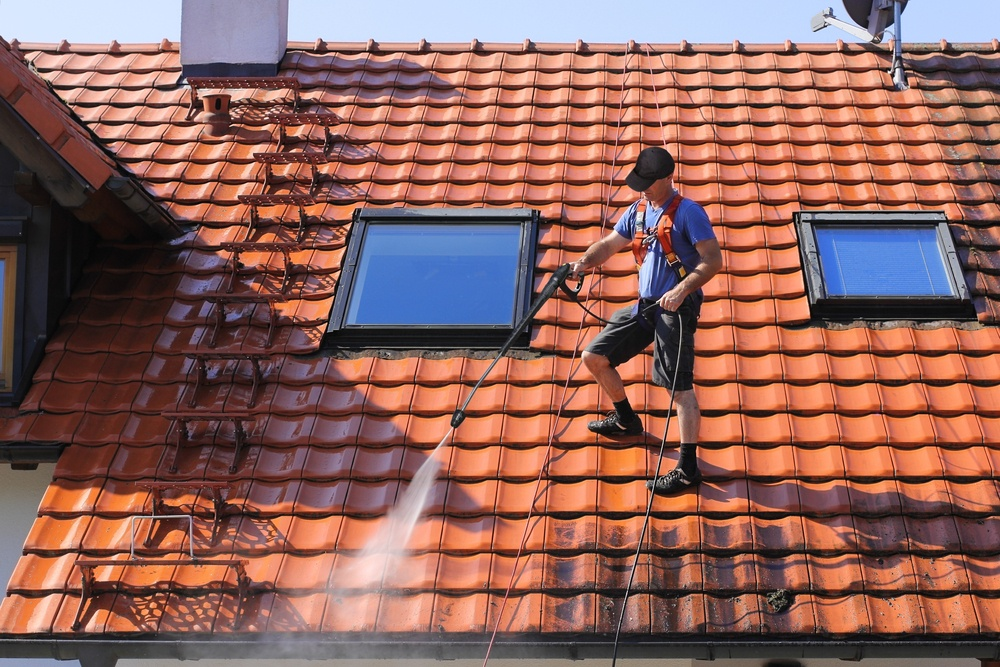 Cleaning roof and balcony