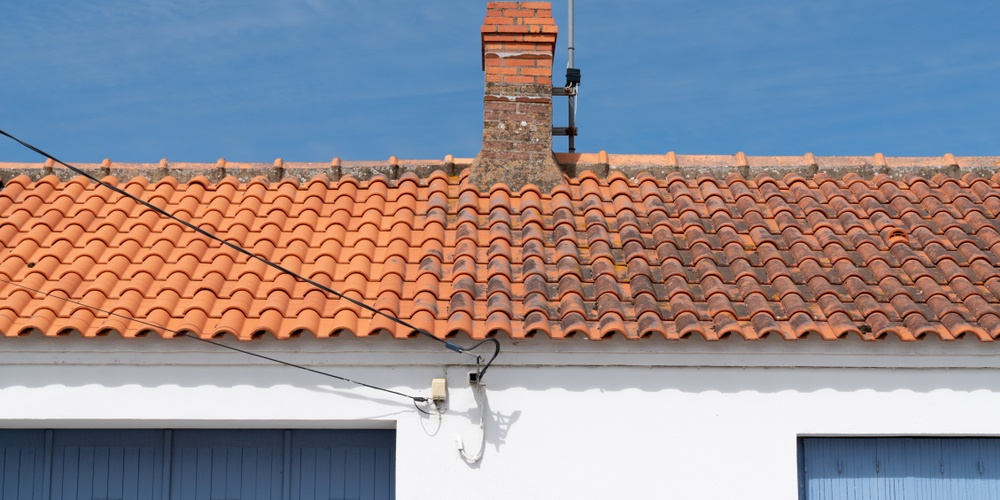 Tips For Cleaning Roof Shingles