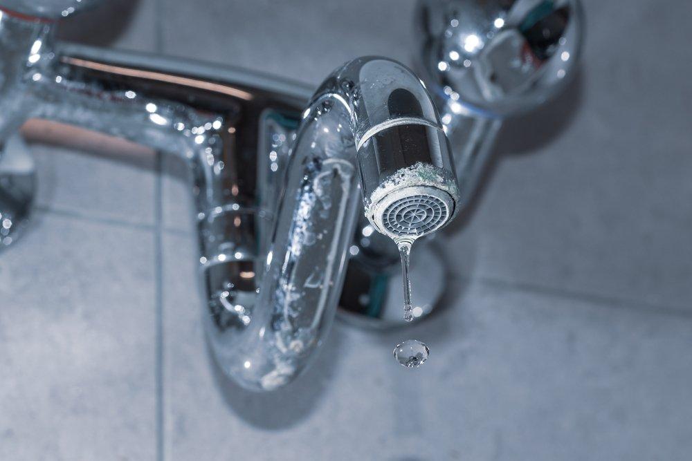 bathroom faucets drip